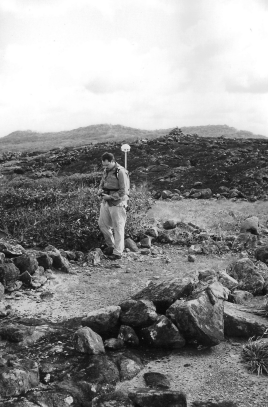 Recording a large stone circle (published in Australian Archaeology 59:33).